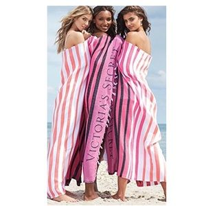 Victoria's Secret Swim - VS Beach Blanket